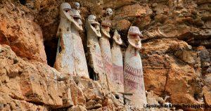 sarcofagos-de-karajia