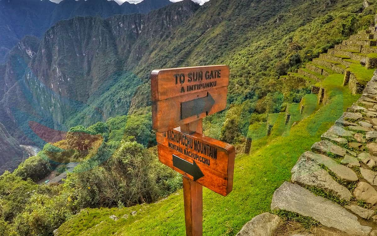 Machu-Picchu-Montana-o-Intipunku