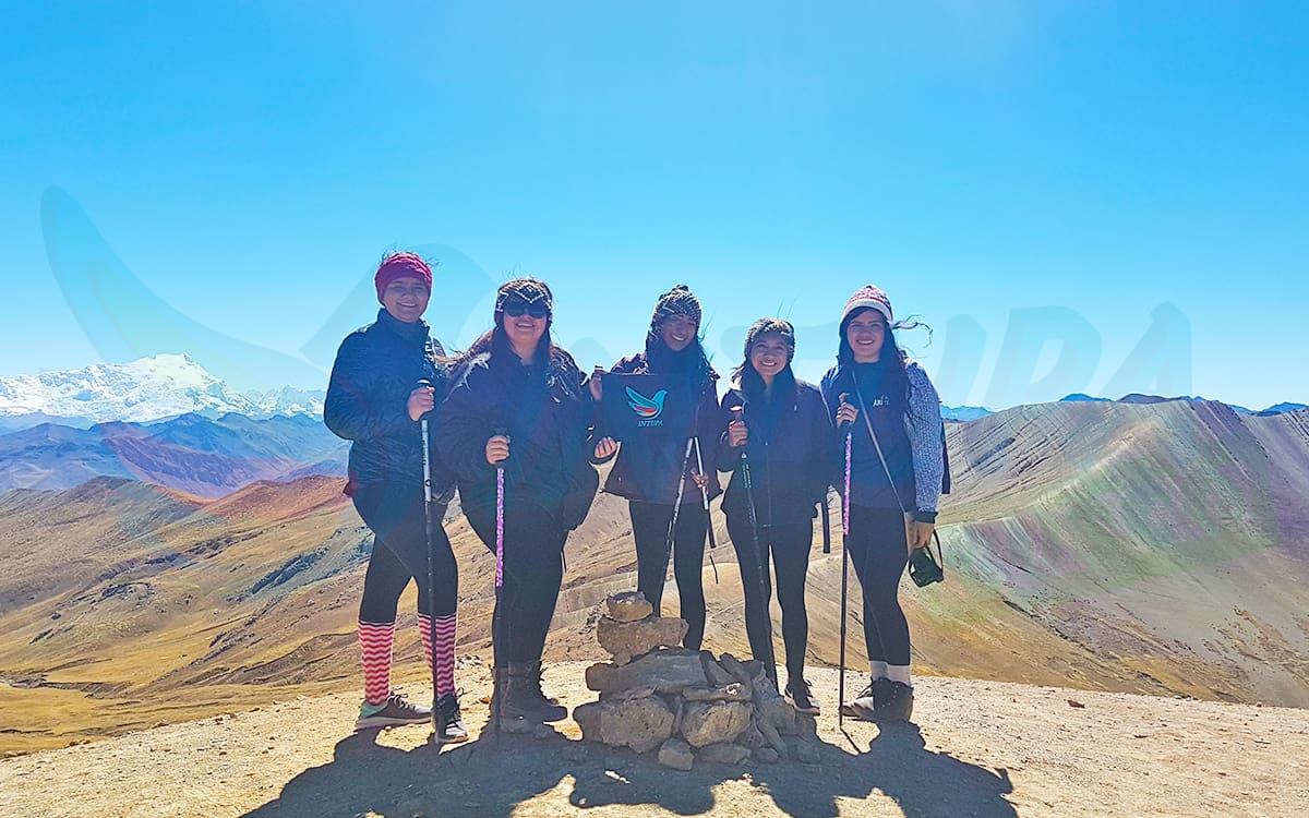Cordillera-de-Colores-Intupa